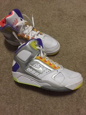 I'm selling a pair of shoes of Nikes New for Sale in Silver Spring, MD