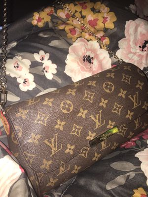 Louis Vuitton Purse for Sale in Tampa, FL