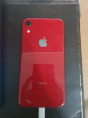 Iphone xr red 128 GB for Sale in Miami, FL