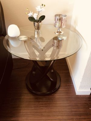 Coffee and side table like new ! for Sale in Orlando, FL