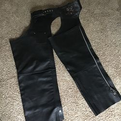 Leather chaps motorcycle jeans great condition for Sale in Mukilteo,  WA