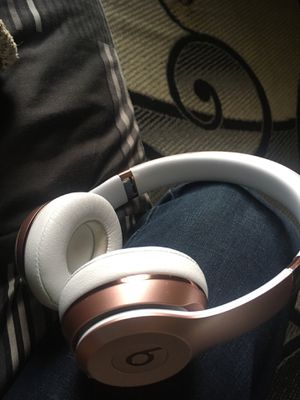 Beats studio 3's for Sale in Charlotte, NC