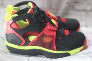 Air Nike Huarache sz (13 ONLY) *LIMITED TIME OFFER* for Sale in Southfield, MI