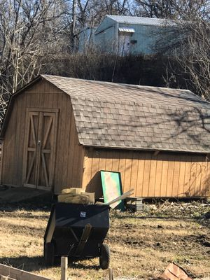 Shed about 14wx17Lx9T for Sale in St. Louis, MO
