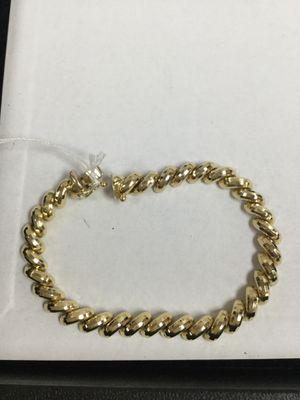14k Gold Fashion Bracelet for Sale in Oceanside, CA