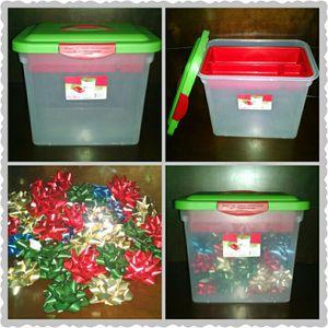 Sterilite Storage Bow Box for Sale in Jacksonville, FL