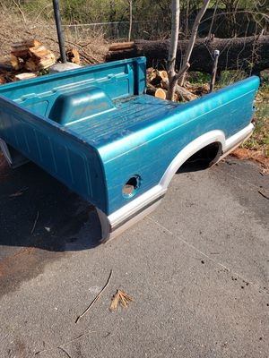 Truck bed Chevy 90s for Sale in Fairfax, VA