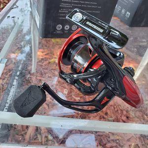 Sharky III 5000 Spinning Reel 10+1 Bearings for Sale in Los Angeles, CA