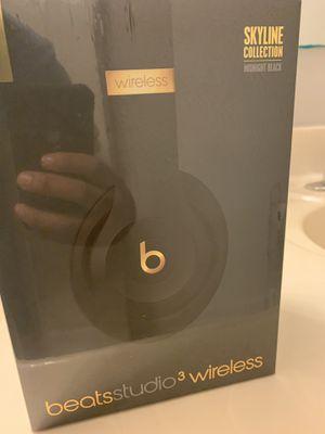 Beats studio 3 wireless for Sale in Kissimmee, FL