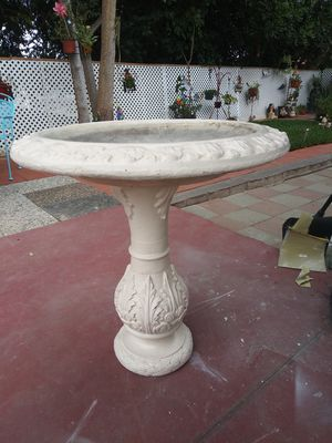 Waterfountain for Sale in Whittier, CA