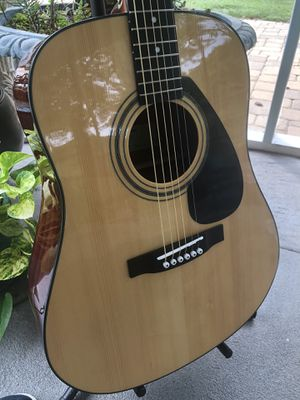 Yamaha FD01S acoustic guitar *mint* + new strings for Sale in Woodstock, GA