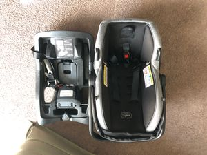 EvenFlo Car seat and base for Sale in Benton Harbor, MI