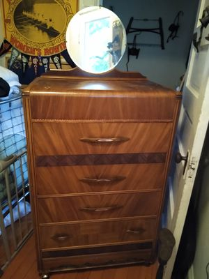 Antique or Vintage 4 drawer waterfall chest of drawers or dresser for Sale in Monroe, WA