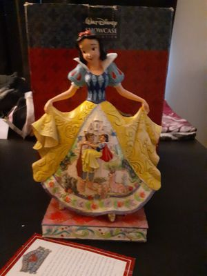 Disney showcase snow white for Sale in San Bernardino, CA