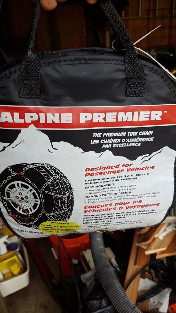 Snow tire chains