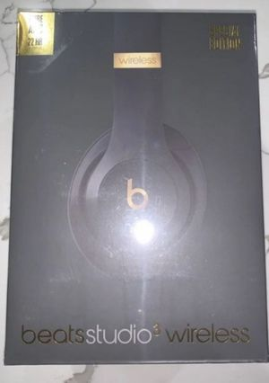 Beats solo 3 shadow grey special edition for Sale in New York, NY