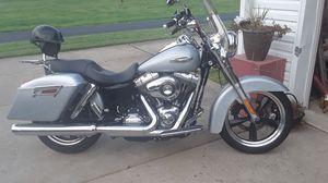 Harley Davidson 2012 2800 miles for Sale in Belpre, OH