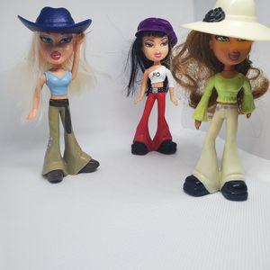 6 bratz dolls for Sale in Gresham, OR