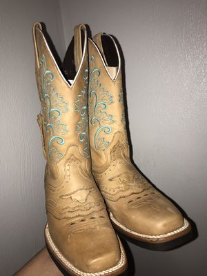Boots for Sale in Wahneta, FL