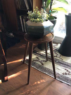 Vintage Mid Century Plant Stand for Sale in San Bernardino, CA