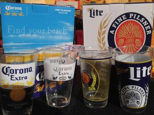 Collectible Corona and Miller Lite Pint Glasses, beer, pilsner, man cave for Sale in Jefferson, GA
