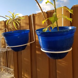 $20.00 - Planter Holder - SET OF 2/Iron Not Metal - Choice Of Black Or White (Planter Not Included) - Lowest Price for Sale in Miami, FL