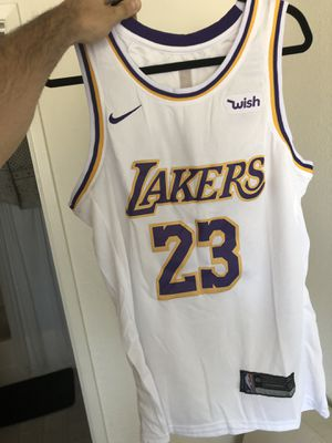 LA Lakers Lebron James Jersey for Sale in Glendale, CA