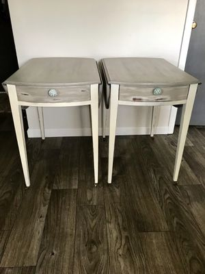 """Drop leaf Bedside table/ End table Set Blends of French Linen and Old White 28""""high 20""""w x 30""""d for Sale in Elyria, OH"""