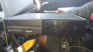 Xbox one w/ 2 controllers Nba 2k19 for Sale in Tampa, FL