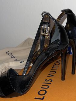 Louis Vuitton Shoes for Sale in Glendale,  CA