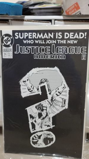 DC COMIC, Superman is Dead Justice League for Sale in Albuquerque, NM
