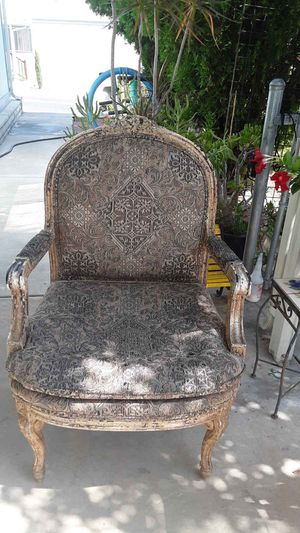 Antique Chair for Sale in San Bernardino, CA