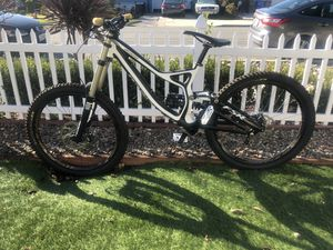 Specialized Demo 8 Carbon Downhill Bike for Sale in Santee, CA