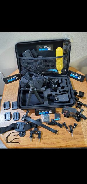 NEW ** HERO 8 BLACK ** LOT of EXTRAS for Sale in Portland, OR