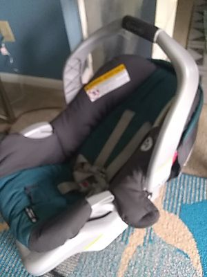 Graco baby car seat for Sale in Chesapeake, VA