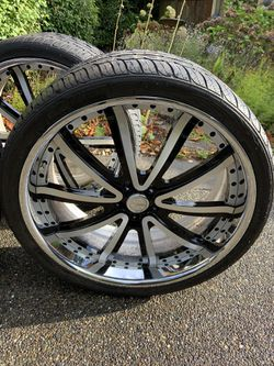 Set of 4 Vellano 24 in rims and Toyo Tires for Sale in Mercer Island,  WA