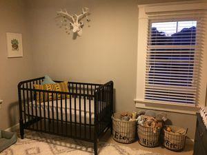 Jenny Lind black crib for Sale in San Diego, CA
