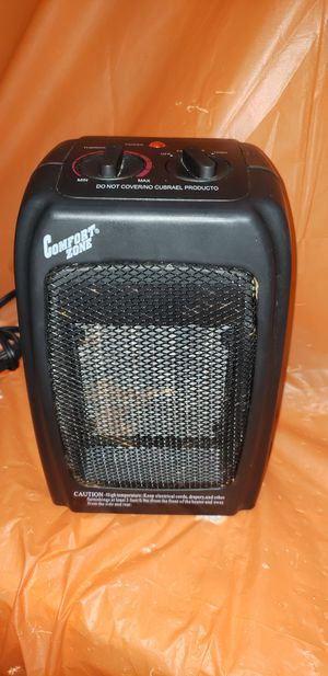 Small 1500w heater fan with thermostat for Sale in Largo, FL