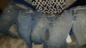 4 pair of jeans boot cut for Sale in Fresno, CA