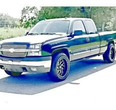ֆ14OO 4WD CHEVY SILVERADO 4WD for Sale in Hyattsville, MD
