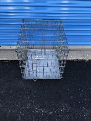 Medium cage dog for Sale in Bloomingdale, IL