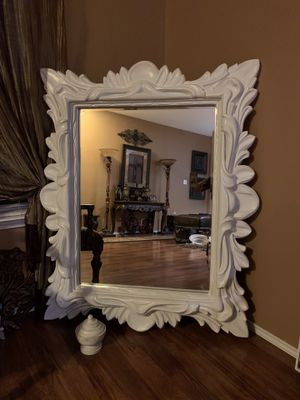 Beautiful, Huge and very Elegant mirror. for Sale in Fort Worth, TX