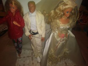 Lot of Dolls Barbie's and Ken for Sale in Ocala, FL