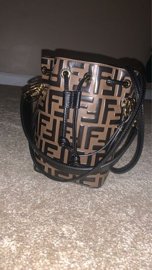 Fendi Bucket Bag for Sale. Once worn $1500 (Will ship out) for Sale in Atlanta, GA