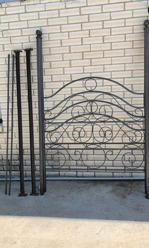 Bed frame for Sale in Laredo, TX