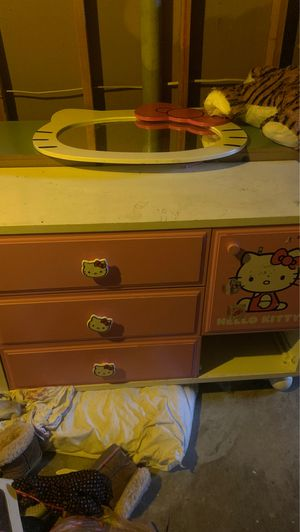 Hello kitty dresser(with mirror) for Sale in Florissant, MO