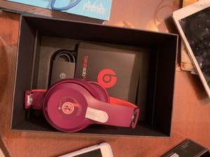 Beats solo 3 wireless for Sale in Gig Harbor, WA