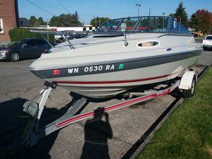 19 ft Seaswirl cuddt cabin boat for Sale in Everett, WA