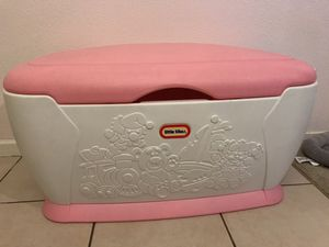 Little tikes XL large toy storage - pink for Sale in Fresno, CA
