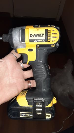 DeWALT 20v MAX lithium ion drill and battery for Sale in Springfield, MO